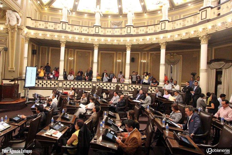 PUEBLA, Pue., 22 Agosto 2015.- Sesión Extraordinaria del Congreso del Estado. //Mary Cortez/Agencia Enfoque//